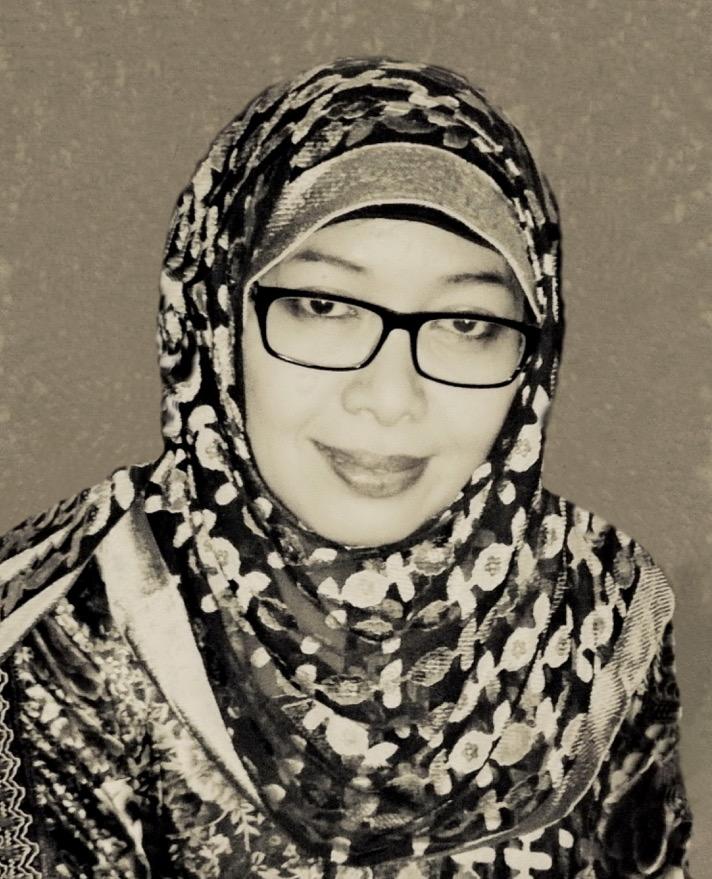 The novelist Abidah El Khalieqy
