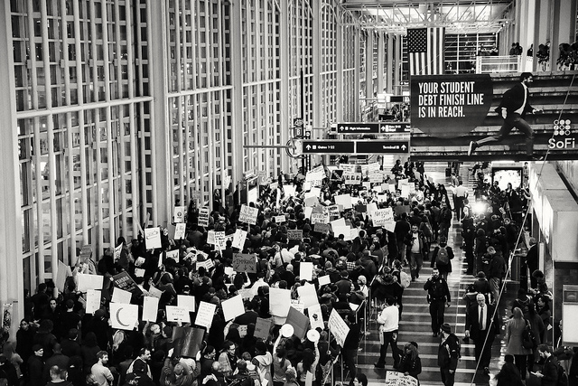Photo of the Rally for Refugees at Reagan International Airport taken by Geoff Livingston on Flickr.